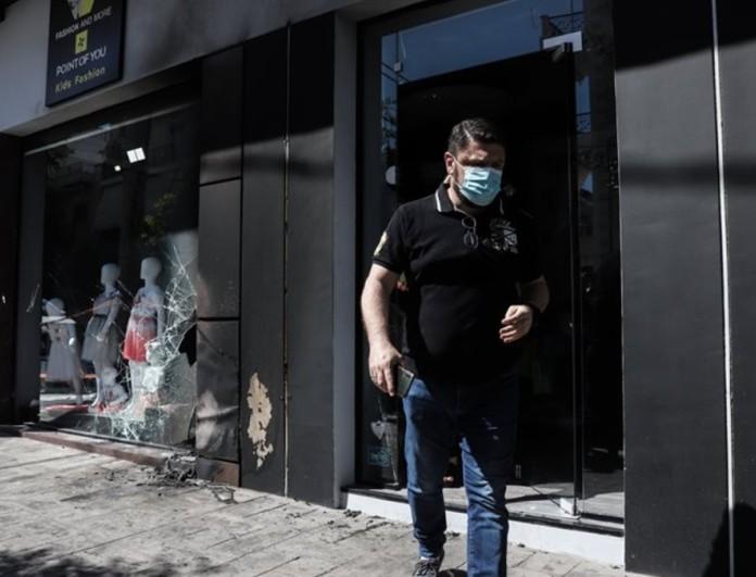Νίκος Χαρδαλιάς: Η οργισμένη ανάρτησή του μετά την επίθεση στα μαγαζιά της συζύγου του