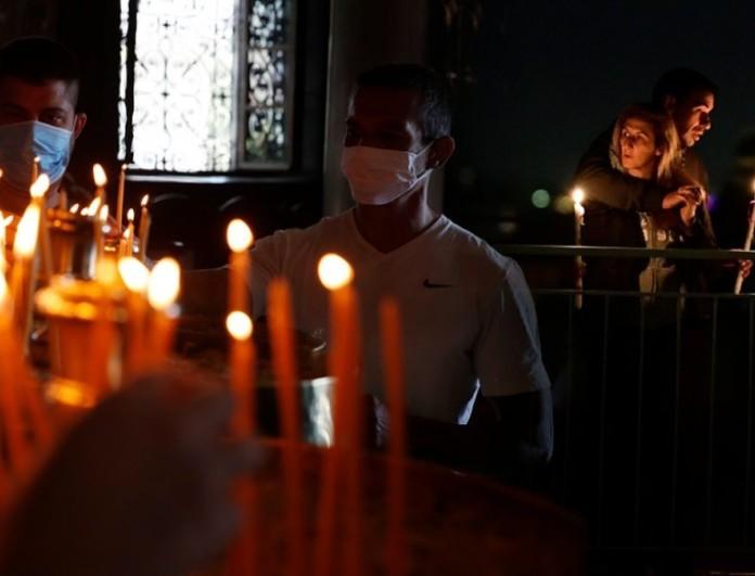 Κορωνοϊός: Πως θα μεταβείτε σήμερα στην εκκλησία - Όλα τα μέτρα