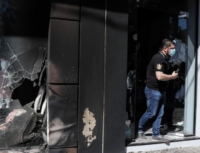 Νίκος Χαρδαλιάς: Δημοσίευσε βίντεο ντοκουμέντο από την επίθεση στο μαγαζί της συζύγου του