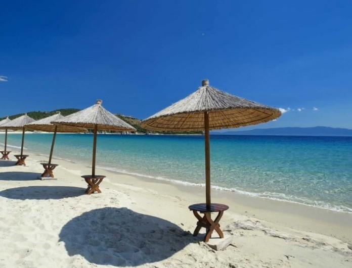 Καλοκαίρι 2021: Η νούμερο ένα παραλία μια ώρα από την Αθήνα