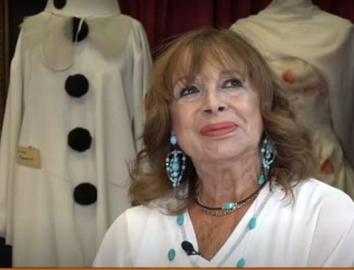 Άννα Φόνσου: «Κάθε μέρα παίρνω την Αλίκη Βουγιουκλάκη τηλέφωνο από συνήθεια»