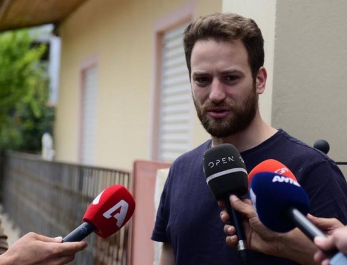 Γλυκά Νερά: Όταν ο Μπάμπης Αναγνωστόπουλος το έπαιζε θύμα μπροστά στις κάμερες