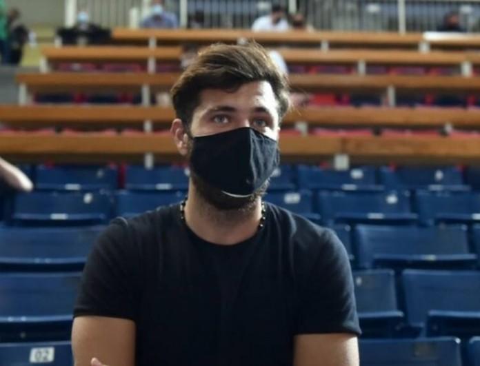 Νίκος Μπάρτζης: Πήγε στο γήπεδο ο πρώην παίκτης του Survivor - Δείτε φωτογραφίες