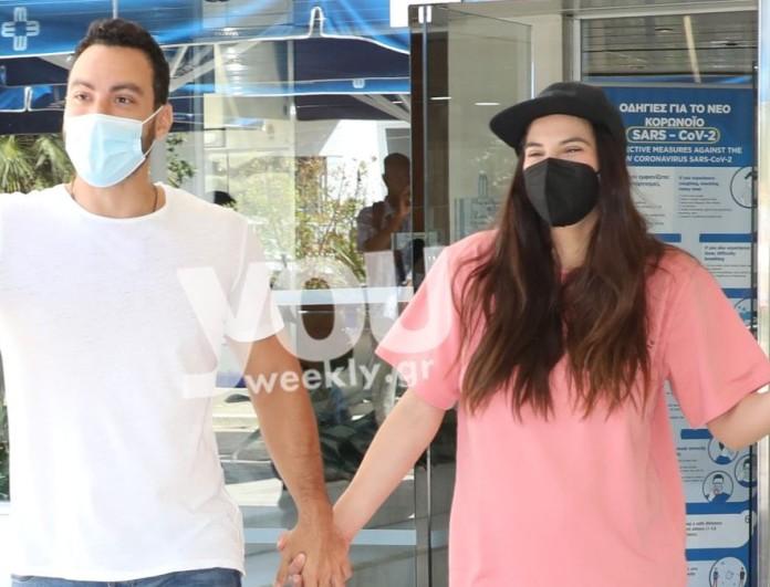 Σάκης Τανιμανίδης: Πήρε εξιτήριο η Χριστίνα Μπόμπα - Φωτογραφίες έξω από το μαιευτήριο