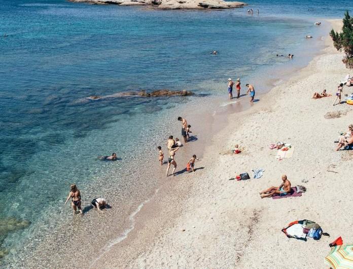 Καλοκαίρι 2021: Αυτές είναι οι 18 πιο καθαρές παραλίες της Αττικής