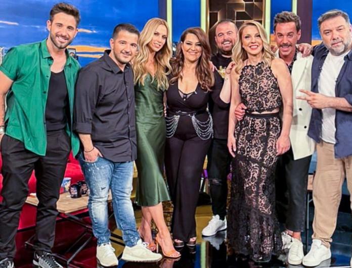 The 2night Show: «Σάρωσε» ο Γρηγόρης Αρναούτογλου στην τελευταία εκπομπή του