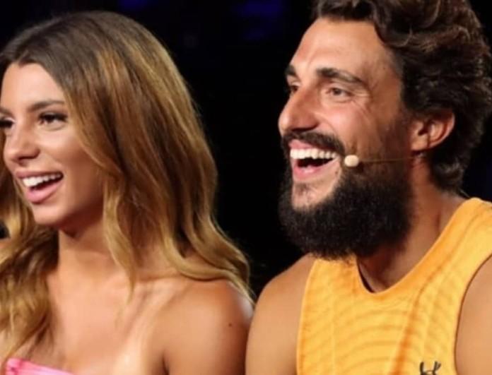 Σάκης Κατσούλης: 'Εκανε έκπληξη γενεθλίων στην Μαριαλένα στην μέση της Εθνικής Οδού