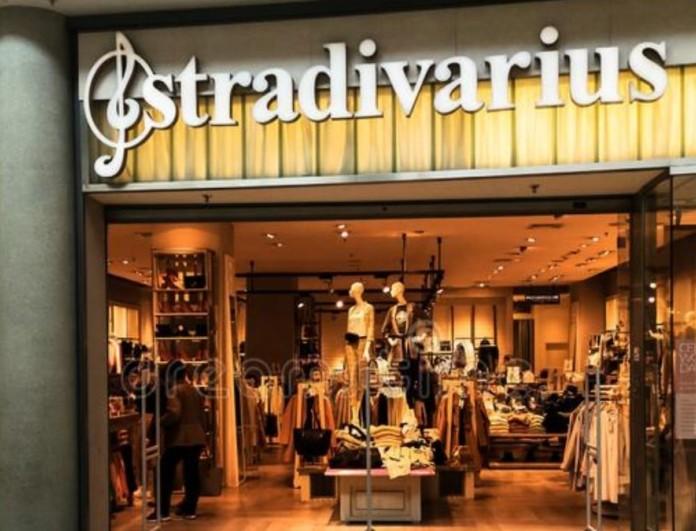 Ιδανικό για γάμο σε νησί αυτό το φόρεμα από τα Stradivarius
