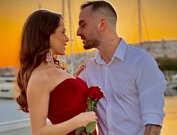 Παντρεύονται Άρης Σοϊλέδης και Μαρία Αντωνά - Η πρόταση - υπερπαραγωγή πάνω στο σκάφος