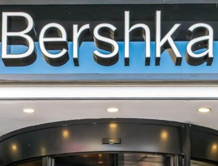 Κάνει πάταγο η φούστα παρεό με στρας από τα Bershka - Κοστίζει λιγότερο από 20 ευρώ