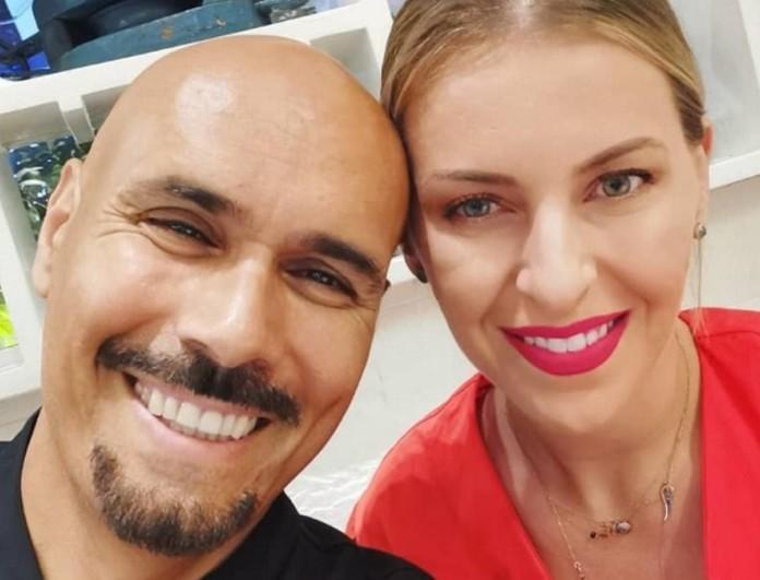 Δημήτρης Σκουλός: Εξιτήριο από το μαιευτήριο για την γυναίκα του - Επιστρέφουν σπίτι