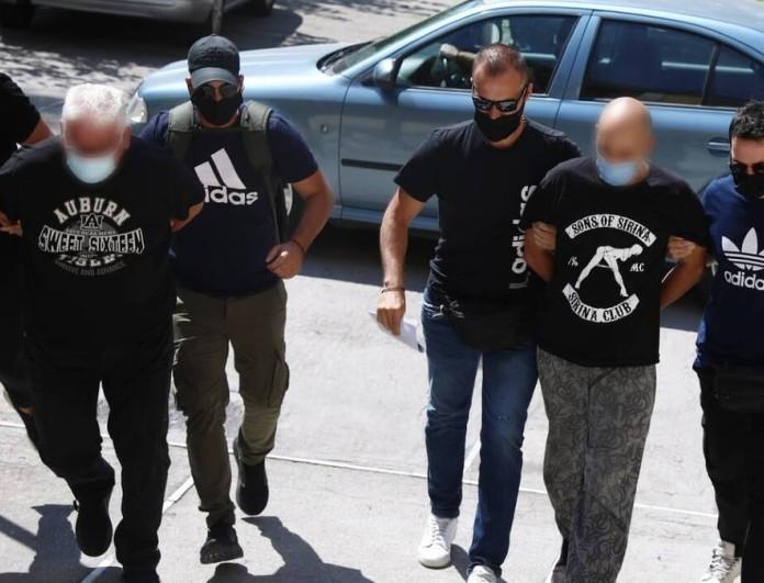 Ηλιούπολη: Βαριές κατηγορίες για τον αστυνομικό και τον πατέρα της 19χρονης