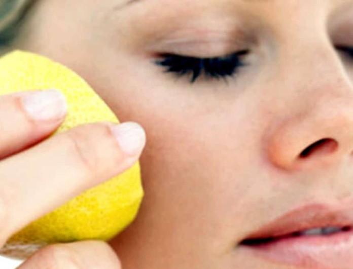 Με 1/2 λεμόνι και 2 κουταλιές της σούπας μέλι φτιάχνεις πιο τέλεια μάσκα προσώπου