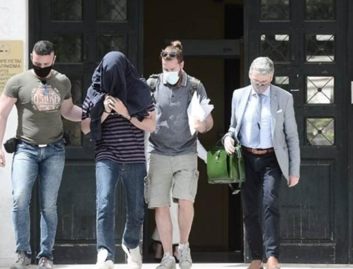 Νέα Σμύρνη: Δίωξη για δύο απόπειρες βιασμού στον 22χρονο επιδειξία