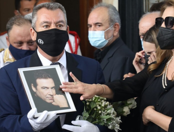 Σήμερα το μνημόσυνο του Τόλη Βοσκόπουλου -  Η δημόσια έκκληση της Άντζελας Γκερέκου