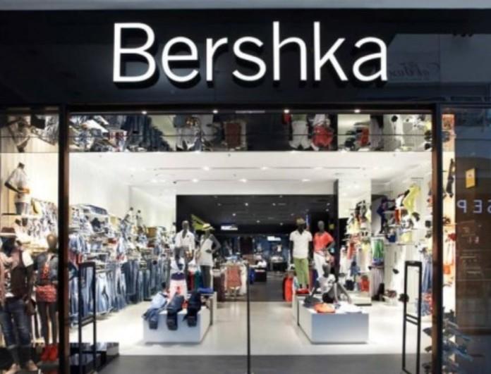 Αυτό είναι το φόρεμα από τα Bershka που κάνει πάταγο - Σε τιμή σοκ!