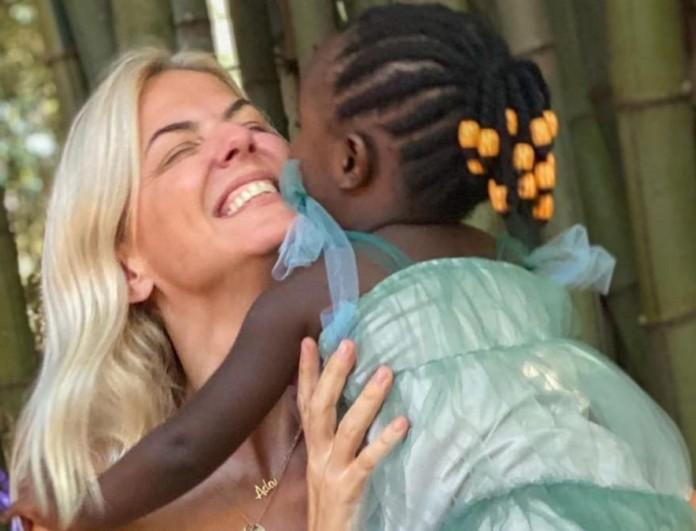 Χριστίνα Κοντοβά: Η φωτογραφία με την κόρη της και το ηχηρό μήνυμα για τις φωτιές