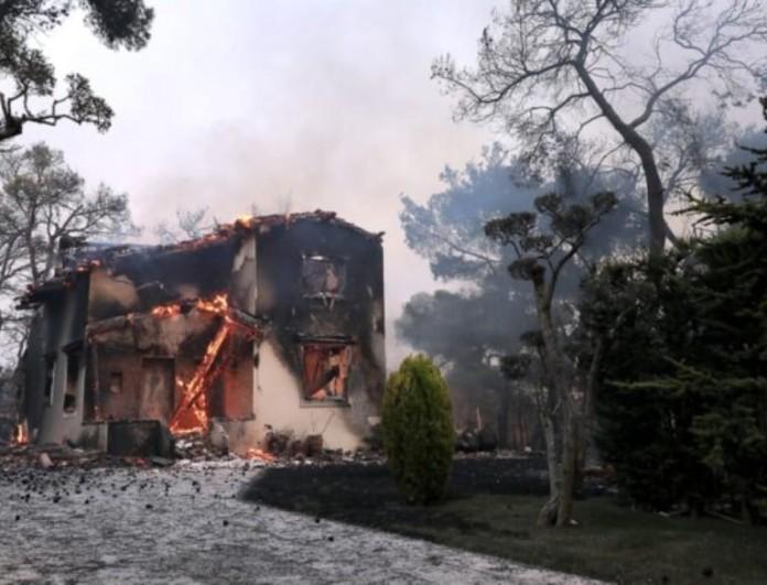 Φωτιές στην Ελλάδα: Πότε θα ξεκινήσουν οι αποζημιώσεις - Πώς θα δοθούν τα ποσά