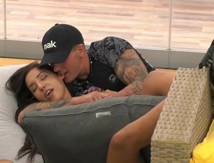 Big Brother 2: Φωτογραφία από τα «καυτά» φιλιά του Πέτσα και της Ανχελίτα στο ντουζ