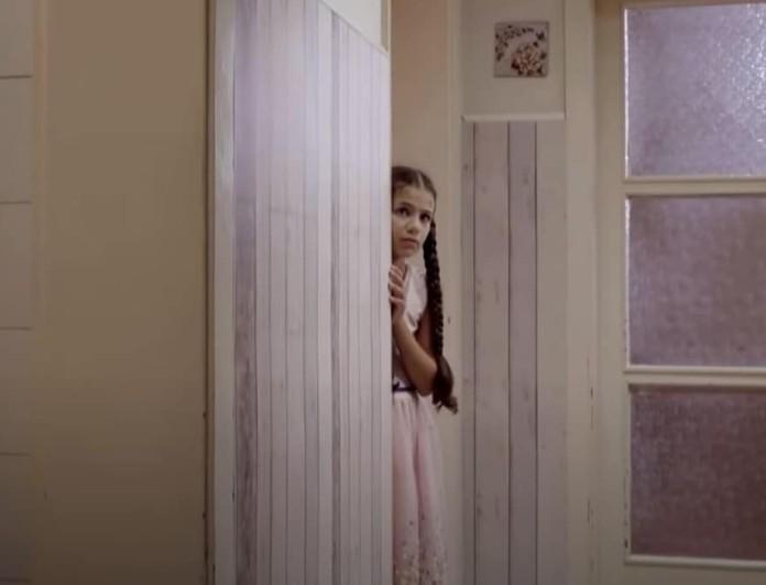 Elif: Στιγμές τρόμου για την μικρή Ελίφ - Άνδρας εισβάλλει μέσα στο σπίτι της