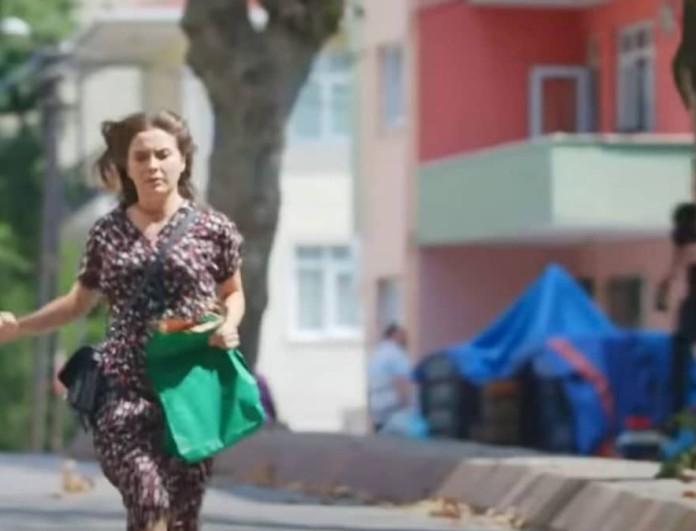 Σοκ στην Elif - Άγνωστος άνδρας παίρνει στο κυνήγι τη Μελέκ