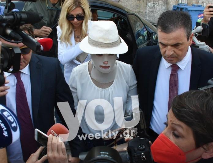 Επίθεση με βιτριόλι: Κύμα συμπαράστασης από τους celebrities προς την Ιωάννα