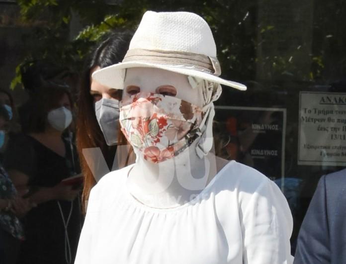 Επίθεση με βιτριόλι: Συγκλονίζει το μήνυμα της οικογένειας της Ιωάννας Παλιοσπύρου