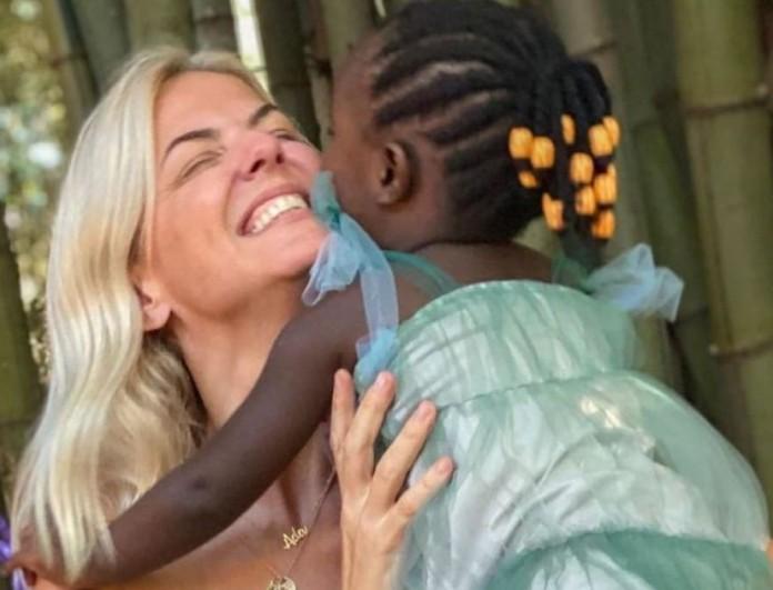 Χριστίνα Κοντοβά: Αποκάλυψε πρώτη φορά το λόγο που υιοθέτησε παιδί από την Ουγκάντα
