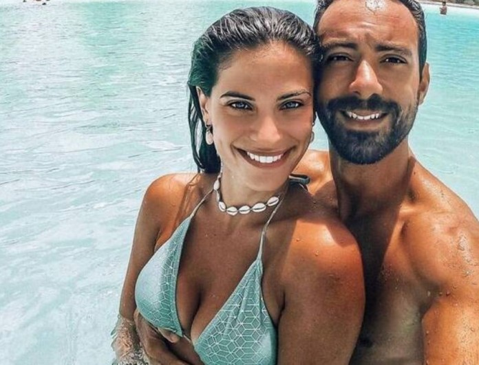 Μπόμπα - Τανιμανίδης: Αποκάλυψαν τα ιδιαίτερα ονόματα που θα πάρουν οι δίδυμες κόρες τους