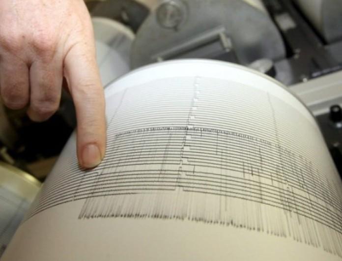 Σεισμός 5,4 Ρίχτερ σκόρπισε τρόμο παντού