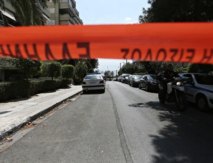 Θρίλερ στην Ραφήνα - Άνδρας βρέθηκε δεμένος και κρεμασμένος από μπαλκόνι πολυκατοικίας