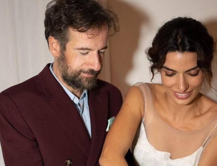 Αδημοσίευτο στιγμιότυπο από το γάμο Σωτηροπούλου - Μαραβέγια