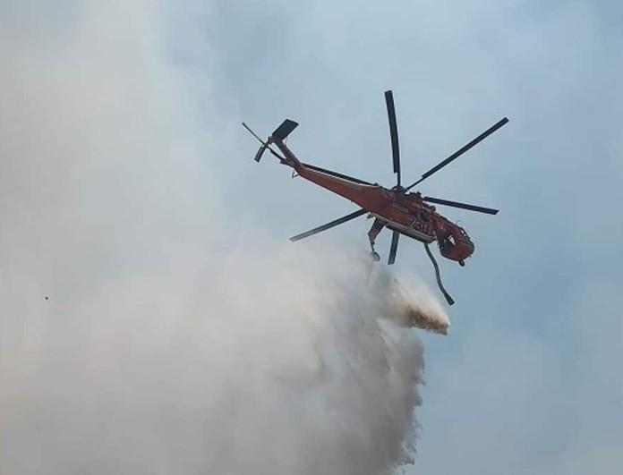 Φωτιά έξω από το στρατιωτικό αεροδρόμιο του Αράξου