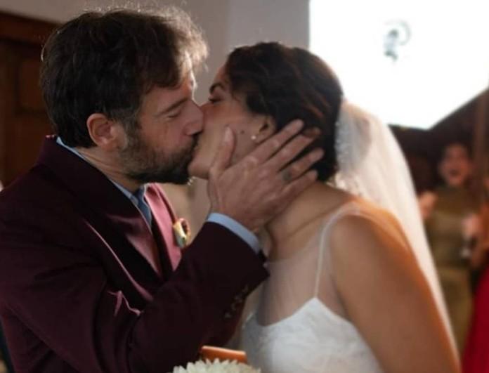 Τόνια Σωτηροπούλου: Αυτή είναι η γνωστή Ελληνίδα της showbiz που έπιασε την ανθοδέσμη στον γάμο της