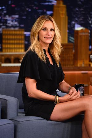 "NEW YORK, NY - JULY 31:  Julia Roberts visits ""The Late Show Starring Jimmy Fallon"" at Rockefeller Center on July 31, 2014 in New York City.  (Photo by Theo Wargo/NBC/Getty Images for ""The Tonight Show Starring Jimmy Fallon"")"