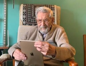 Παγκόσμιος θρήνος - Πέθανε ο Μπομπ Γουέιτον! Είχε γραφτεί στο βιβλίο των Ρεκόρ Γκίνες