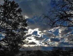 Καιρός σήμερα 1/6 - Με βροχές και καταιγίδες ξεκινάει ο Ιούνιος