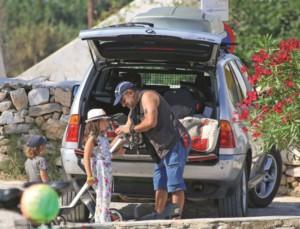 """""""Εφιαλτικό"""" ταξίδι για τον Κρατερό Κατσούλη - Η περιπέτεια με το αυτοκίνητο"""