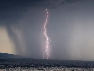 Έκτακτο δελτίο καιρού: Πού θα χτυπήσει η κακοκαιρία τις επόμενες ώρες;