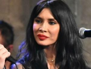 """Ο κορωνοϊός """"λύγισε"""" και την Πάολα - Άσχημα νέα για την τραγουδίστρια"""