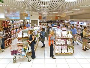 Σάλος στο διαδίκτυο με την φωτογραφία που κυκλοφόρησε από κατάστημα Σκλαβενίτη εν μέσω κορωνοϊού