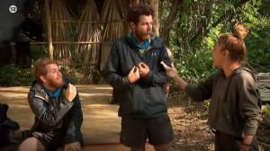 "Survivor 4 trailer 14/4: Ο Τζέιμς αποκάλεσε τον Σάκη ""κωλοτούμπα"" και βγήκε η Μαριαλένα μπροστά να τον υπερασπιστεί"