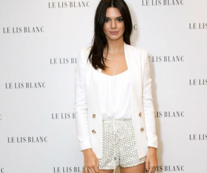 6007ac1d0e71 Kendall Jenner και Gigi Hadid απογείωσαν την εβδομάδα μόδας στο ...