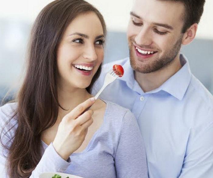 Τους κανόνες για τα ραντεβού με έναν νεότερο άντρα