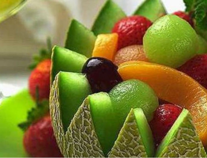 e9e96e3cbdf Καλοκαιρινά φρούτα- Ποια καίνε το λίπος και ποια δρουν κατά της ...