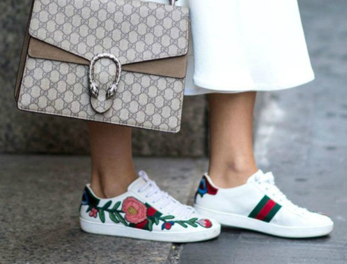 a6e26e1775f Στυλάτη και με sneakers - Βρες τα με λιγότερο από 10 ευρώ! - FASHION ...