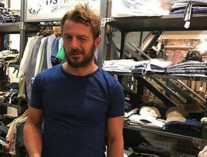 Ο Γιώργος Αγγελόπουλος για ψώνια στα μαγαζιά της Αθήνας! Φωτογραφίες ντοκουμέντο από τα δοκιμαστήρια...