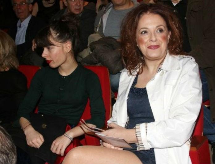 Ελένη Ράντου: Το bullying στην κόρη της και η αλλαγή σχολείου - Η ηθοποιός ανοίγει για πρώτη φορά την καρδιά της!