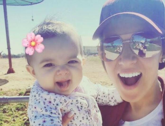 Επέστρεψε Ελλάδα η Καλομοίρα για την βάφτιση της κόρης της! Δείτε την πρώτη φωτογραφία...