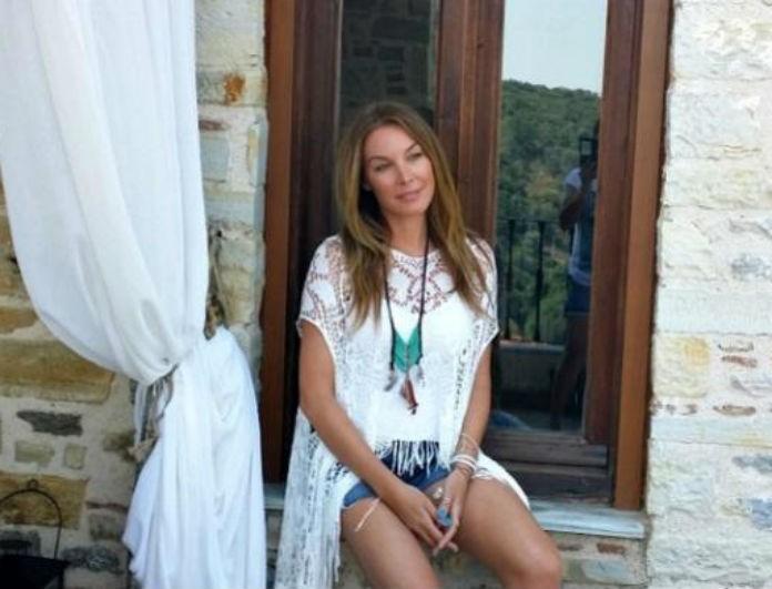 Η Τατιάνα Στεφανίδου μας ανοίγει το σπίτι της στα Βόρεια Προάστια! Η σικάτη κουζίνα κλέβει την παράσταση!